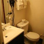 Teil-modernisiertes Badezimmer