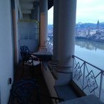 Spacious   Balcony  overlooking  the Arno