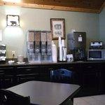 Breakfast area at Bearskin