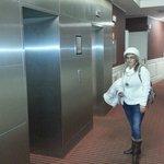 Esperando ascensor
