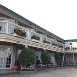 Seaway Inn - better to stay in 2nd floor.