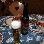 merenda con birra e bresaola