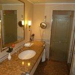 Badzimmer, klassisch und gediegen