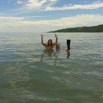 praia daniela para nadar tranquilo
