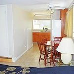 Suite #5 - Two-bedroom suite - Up to 4 guests