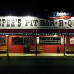 Cooper's Pit Bbq dal parcheggio