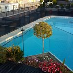 Rooftop swimming-pool