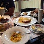 Grande Luitpold Breakfast & Eggs Benedict