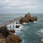 Puente hacia la roca