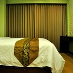 Bed & TV