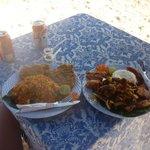 Platos deliciosos y en la playa