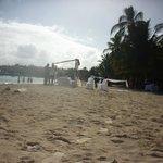 Un matrimonio en la playa Uff