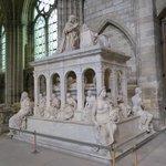 Tomb of Louis VII