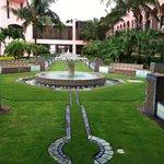Boca Resort Courtyard