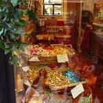 I Sapori del Piemonte: Torino: Italia: assortimento prodotti
