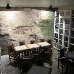 cave et tables