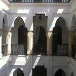 Le patio : facade intérieure