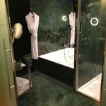 Bathroom in Exec Bedroom - 4th floor