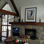 Main living room/den
