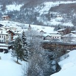 Veduta panoramica su Etroubles dall'hotel Beau Sejour