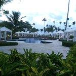 pool area w/cabanas