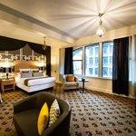 Moore Hotel Suite