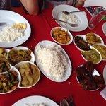 2 portions de curry soit repas pour 4 personnes  (10 sortes de curry)