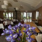 Dining room at Crosswinds Grille