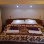 Triple room ( Double bed + single bed)