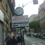 placa indicativa do Hotel  Arenula