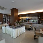 The Avenue Hotel - Koh Samui - Thailand - The Travel Glow - restaurant