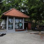 Bintang Flores Hotel - Flores Indonesia - The Travel Glow - dive shop