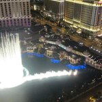 Bellagio fountain show from the Eiffel tower