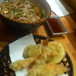 Udon noodle soup with tempura