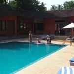 Deshadans poolområde
