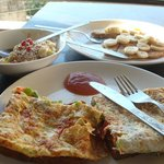 Omelette, Museli and Pancake