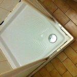 sporcizia e puzza nel bagno
