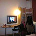 Tv y armario