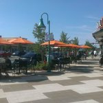 New Patio Dining on Commercial Blvd