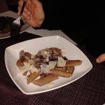 penne all'aglianico, radicchio e scaglie di parmigiano