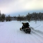On tour with 600 cc snow mobiles