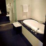 super sjeijke en schone badkamer
