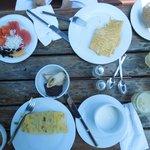 Breakfast open-air - Avalon Reef Club