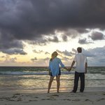 Honeymoon photoshoot for free!! just pay for the photos you want!