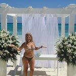 presenciar una boda ante el mar turquesa, precioso!