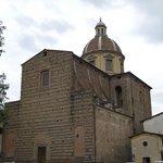 Fachada da Igreja San Frediano in Cestello visa da Piazza Cestello