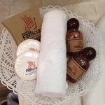 oatmeal soap and bee honey shampoo