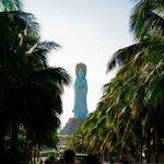 статуя богини Гуань Инь