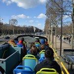 Los Campos Elíseos desde L'Open Bus