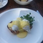 eggs benedict perfection